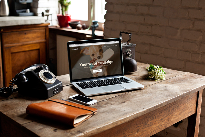 Macbook retro vol. 2 – 8 photo mockups