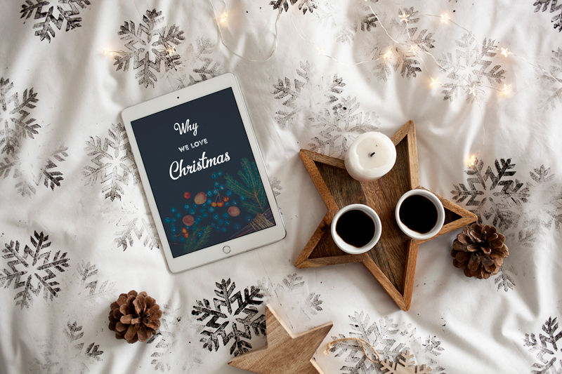 Christmas in bed – 8 photo mockups