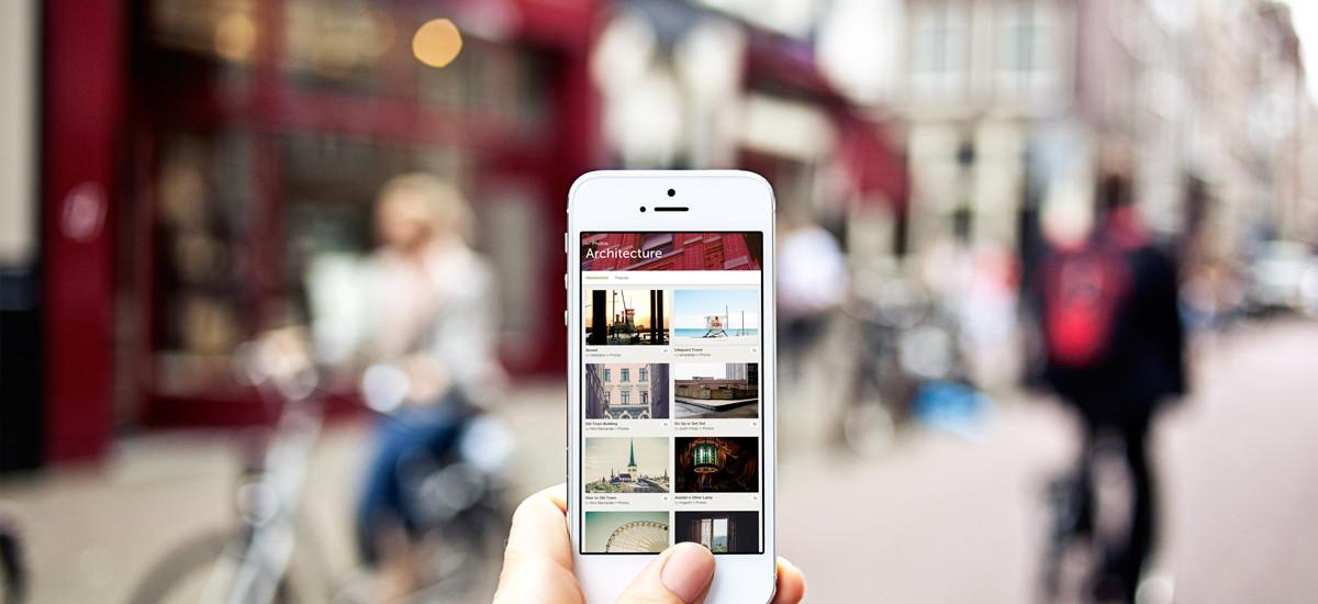 10 urban photo mockups – iPhone 5