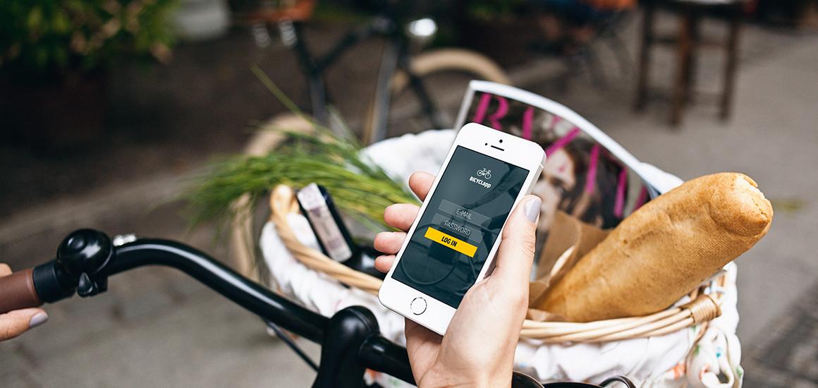 iphone 5s & bike – 8 photo mockups